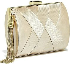 •Website: http://www.cuteandstylishbags.com/portfolio/guess-nude-pleated-satin-minaudiere/ •Bag: Guess Nude Pleated Satin Minaudiere