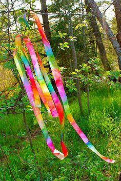 Twig and Toadstool: Rainbow Ribbon Wands | LibraryLand | K-5 | http://twigandtoadstool.blogspot.com/2012/05/rainbow-ribbon-wands.html