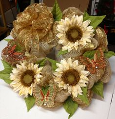 Burlap, sunflowers and butterflies for fall #decomesh wreath