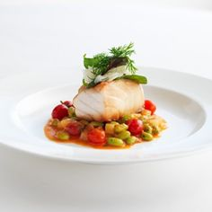 Identify the determining factors when selecting a specific cooking method for fish http://courses.escoffieronline.com/shop/fish-poach-and-saute-online-training-course/