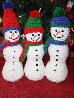 Ravelry: Three Jolly Snowmen pattern by Herrschners