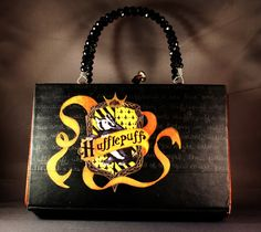 You might belong in Hufflepuff... A Harry Potter inspired book purse! - PURSES, BAGS, WALLETS