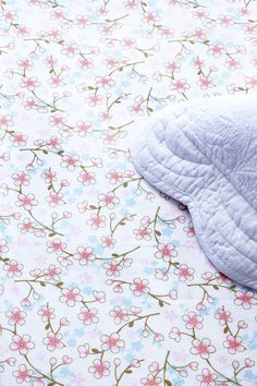 PiP Fitted Sheet Cherry Blossom White | Fitted sheets | Bed | Pip Studio