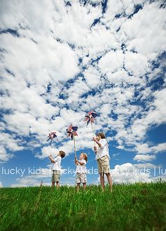 ©LISA LUCKY
