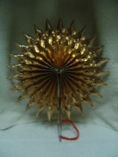 ANTIQUE-CHRISTMAS-FAN-FOLD-UP-GOLD-STAR-FEATHER-TREE-TOPPER-W-GERMANYFREE-SHIP