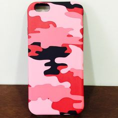 Ocean-wave pattern shock defender armor case Ocean-wave pattern shock defender armor case Listing is slim digital Ocean-Wave Pattern shock proof protective case for iPhone 6/6s.  Amazing Rose digital wave pattern design with smooth leather surface and durable soft black back.  Order will ship within 24 hours.  You will receive the exact case just as the picture shows.  Thanks for watching. Accessories