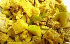 Insalata di pollo e mele al curry