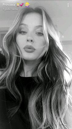 - whats up chunky zara larsson!- laughing thats for telling me wh. Zara Lasson, Beautiful Celebrities, Beautiful Women, Seductive Makeup, Sweet Girls, Cool Girl, Fashion Beauty, Hair Beauty, Instagram
