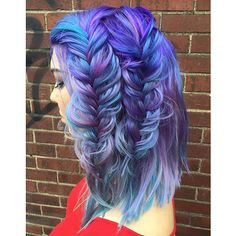 heatherchapmanhair My students rule with hot unicorn hair ✨ #model @karaleette #colorist @fleshlickinglady #fishtail #impromptu #walltest #nashville #updoworkshop #iphoneonly #pinkhair #purplehair #hotchics #prettyhair