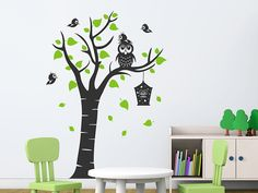 Fancy Wandtattoo Kinderbaum mit Eule