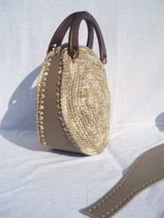 My Bags, Purses And Bags, Leather Craft, Leather Bag, Handmade Purses, Craft Bags, Basket Bag, Knitted Bags, Crochet Hooks