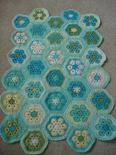"crochet blanket. Beautiful pattern.    I'm thinking Peach, a light ""latte"" brown, cream and mint. <3"