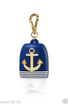 Bath and Body works pocketback holder Anchor A must have item. Bath and body works Accessories Bath N Body Works, Bath And Body, Best Home Fragrance, Hand Sanitizer Holder, Ultra Shea Body Cream, Perfume, Oils For Skin, Body Care, It Works