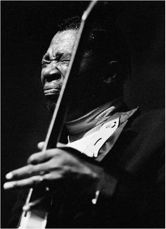 Baron Wolman     B.B. King at the  Fillmore West, San Francisco     1968
