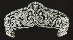 Info:A tiara that belonged to Queen Elisabeth of the Belgians, she left it to her son, King Leopold III, who gave it to his second wife, Lilian. It has since been sold. Creator: Cartier Stone(s): Diamond