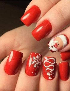 Christmas Nails - Festive Christmas Nail Designs for An outstanding Christmas nail art can h. Snowflake Nail Design, Snowflake Nails, Christmas Nail Art Designs, Winter Nail Designs, White Snowflake, Christmas Design, French Nail Designs, Cute Christmas Nails, Xmas Nails