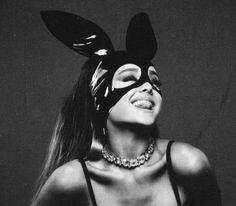 ariana grande☁️ discovered by tara on We Heart It - New Ideas Ariana Grande Fans, Ariana Grande Wallpaper, Cat Valentine, Nicki Minaj Album Cover, Grand Noir, Photo Instagram, Instagram Posts, Ariana Grande Dangerous Woman, Album Covers