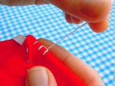 A reminder of how to do blanket stitch... because although I have been doing it for years, when I tried recently I couldn't remember!