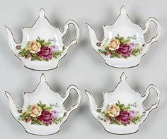 Google Image Result for http://images.replacements.com/images/images5/china/R/royal_albert_old_country_roses_tea_bag_holder_set_of_4_P0000084979S0724T2.jpg