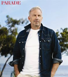 Kevin Costner-still handsome my favorite actor! Love almost everything he does!                                                                                                                                                      Más