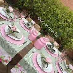 """""""Mesa Iracema- romântica e delicada. Contato:entrenos.aqui@gmail.com WhatsApp (24)988291514"""""""