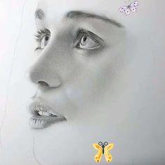Kadın Çizimi Portre @claudia_draw (Instagram) Karakalem Portre@claudia_draw (Instagram)<br> Türkçe Anlatım / English altyazı    -Bu ders,çizim konusunda çok az bilgiye sahip olmaktan ileri sanat yaratmaya ve çizim temellerini derinlemesine kavramanıza yardımcı olacaktır.   - Peki senin için başka neler var ?    -Kursun 16 bölümünün tümüne anında erişeceksiniz    -Kurs sizi adım adım ilerletecek bir çok farklı stilde çizim işlemini geliştirecek şekilde ayarlandı.    -16… Emma Watson Sketch, Art, Art Background, Kunst, Performing Arts