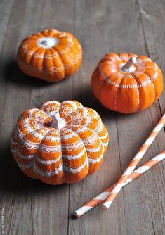 DIY with a white paint pen or perhaps, a metallic one? :: lace pumpkins - Mon carnet