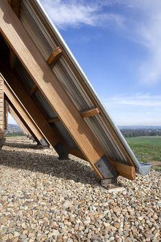 Gallery of JR's Hut at Kimo Estate / Anthony Hunt Design + Luke Stanley Architects - 3
