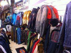 Le corner @686 vous attend. #686 #corner #shop #wear #veste #pant #technique #snow #ski #hiver #winter #hawaiisurf