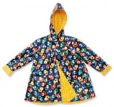 Quilts, Free Quilt Patterns and Designer Patterns: Robert Kaufman Fabrics (Tons of great free patterns, and even more paid patterns. This child raincoat is a free one! Sewing Patterns For Kids, Quilt Patterns Free, Sewing For Kids, Baby Sewing, Free Sewing, Free Pattern, Yellow Raincoat, Diy Couture, Scrappy Quilts
