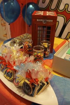 super heroes' lego birthday party for a 7 years old - themed cookies and edible decorations