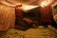 making a fort at some point it a must! Pillow Room, Pillow Forts, Blanket Forts, Make Blanket, Tumblr Rooms, Secret Rooms, Colorful Pillows, My Room, Sweet Home