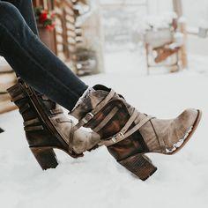 De 20+ beste afbeeldingen van Dames Laarzen | laarzen