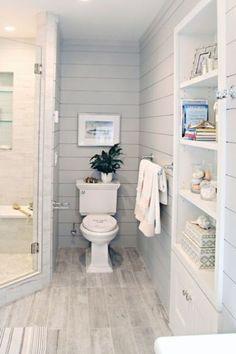 Gorgeous Farmhouse Bathroom Decor Ideas 024