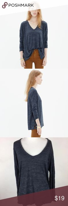 """Madewell All Around V-neck Long Sleeve Blue Tee Madewell Blue Heather All Around V Neck Side Slit Long Sleeve Knit Blouse Sz XS In excellent preowned condition; gently worn with no flaws of note.  Is there anything better than a flattering, comfy tee? With its slim sleeves, drapey body and weighty fabric, this tee's answer is a resounding """"no."""" Drapey fit. Viscose. Hand wash. Madewell Tops Tees - Long Sleeve"""