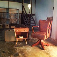 #arte #artesanal #vintage #retro #industrial #decoracion #restauracion #sofapallet #letras #lampara #letrasconluz