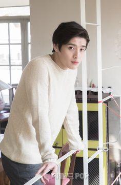Kang Ha Neul is soo😍😍😍 Hong Jong Hyun, Ahn Jae Hyun, Korean Star, Korean Men, Asian Actors, Korean Actors, Kang Ha Neul Moon Lovers, Kang Haneul, Mamamoo Moonbyul