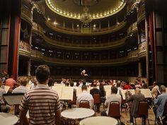 A Orquestra Sinfônica do Recife se apresenta na quarta-feira, 11 de setembro, às 19h, no Teatro de Santa Isabel. Esta é a primeira apresentação da OSR sob regência do maestro pernambucano Marlos Nobre.