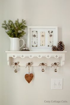Christmas+Shelf-6.jpg (427×640)