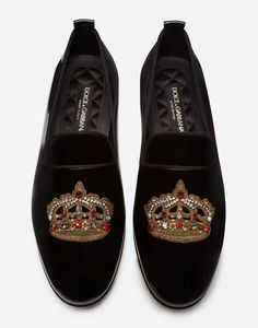 These Vaticano slippers come in patent leather with crown embroidery featuring multi-colored crystals: Mens Loafers Shoes, Loafer Shoes, Shoes Men, Men's Shoes, Mens Moccasin Slippers, Leather Slippers, Black Slippers, English Fashion, Mens Designer Shoes