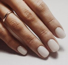 Nail art is a very popular trend these days and every woman you meet seems to have beautiful nails. It used to be that women would just go get a manicure or pedicure to get their nails trimmed and shaped with just a few coats of plain nail polish. White Manicure, Manicure Y Pedicure, White Nails, White Nail Polish, Manicure Ideas, White Short Nails, Ivory Nails, Neutral Nail Polish, Gel Manicures