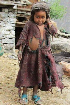 Kids Around The World, We Are The World, People Of The World, My People, Poor Children, Precious Children, Beautiful Children, Cute Kids Photography, Sad Pictures
