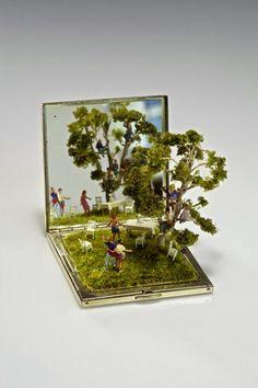 Small World  Miniature scene sculptures with everyday objects by Australian artist Kendal Murray.  http://www.weird-thing.com/2014/11/miniature-nature-sculptures.html