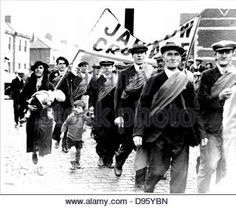 Great Depression 1929-1936. Jarrow March of unemployed miners and shipbuilders from North East England set out on 5 October - Stock Image