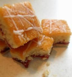 The English Kitchen: Strawberry Jam Tray Bake- a bit like Bakewell tart in tray bake form Tray Bake Recipes, Baking Recipes, Cake Recipes, Baking Ideas, Scones, Bakewell Tart, Shortcrust Pastry, Strawberry Jam, English Food