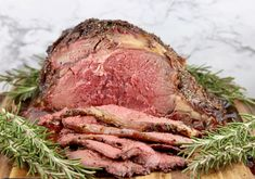 Easy Prime Rib {Grill or Oven Roasted} - Miss in the Kitchen - Foodie - - Prime Ribs - Pot Roast Brisket, Beef Tenderloin Roast, Oven Roast, Pork Roast, Smoked Prime Rib Roast, Prime Rib Steak, Smoked Ribs, Roasted Garlic Asparagus, Roasted Chicken