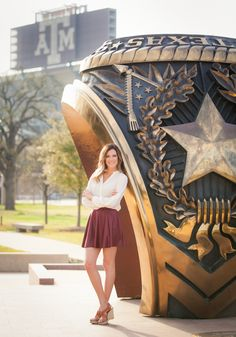 Aggie Ring.  Kyle Field.  Texas A&M University.  Senior pictures.  College Station Senior.  Aggie Senior.  Stefanie Russell Photography | College Station Texas