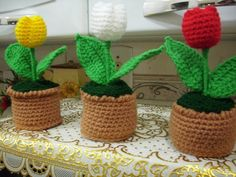 Tulips Crochet-- really wanna learn how to crochet a tulip if anyone has a pattern or video let me know!