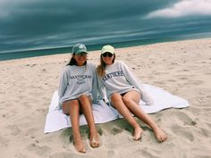Top Advice To Help You Look More Fashionable. Photos Bff, Bff Pictures, Best Friend Pictures, Friend Photos, Beach Pictures, Beach Pics, Beach Best Friends, Go Best Friend, Best Friend Goals