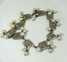 Miriam Haskell Baroque Pearl and Silver Filigree Festoon Necklace – Vintage Lane Jewelry